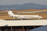pringlesさんが、長崎空港で撮影したアメリカ海軍 C-37A Gulfstream V (G-V)の航空フォト(写真)
