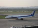 まぁぼーさんが、富山空港で撮影した全日空 767-381の航空フォト(写真)