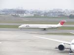 伊勢cbsさんが、伊丹空港で撮影した日本航空 MD-81 (DC-9-81)の航空フォト(写真)