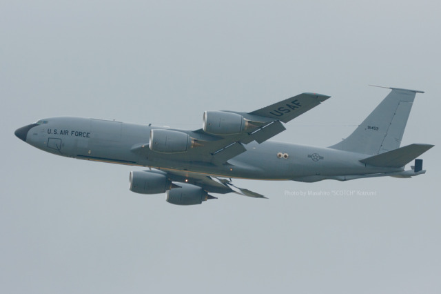 アメリカ空軍 Boeing C-135 Stratolifter 59-1459 嘉手納飛行場  航空フォト   by Scotchさん