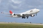 ライトレールさんが、グアム国際空港で撮影した日本航空 747-446の航空フォト(写真)