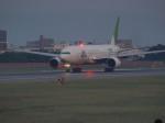 ぺすんさんが、伊丹空港で撮影した日本航空 777-246の航空フォト(写真)