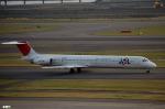 妄想竹さんが、羽田空港で撮影した日本航空 MD-81 (DC-9-81)の航空フォト(写真)
