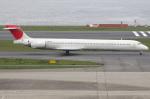 つみネコ♯2さんが、羽田空港で撮影した日本航空 MD-90-30の航空フォト(写真)