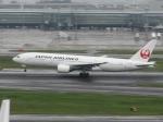 aquaさんが、羽田空港で撮影した日本航空 777-289の航空フォト(写真)