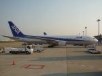 プリン賢さんが、成田国際空港で撮影した全日空 767-381の航空フォト(写真)