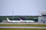NZL32さんが、那覇空港で撮影した日本トランスオーシャン航空 737-4Q3の航空フォト(写真)