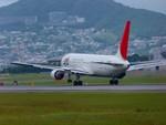 Yamasukeさんが、伊丹空港で撮影した日本航空 767-346の航空フォト(写真)