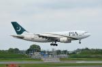 大門三丁目さんが、成田国際空港で撮影したパキスタン国際航空 A310-308の航空フォト(写真)