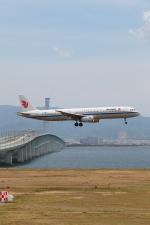 たろさんが、関西国際空港で撮影した中国国際航空 A321-232の航空フォト(写真)