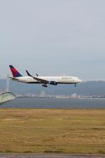 たろさんが、関西国際空港で撮影したデルタ航空 767-332/ERの航空フォト(写真)
