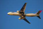 JA946さんが、伊丹空港で撮影した日本航空 767-346の航空フォト(写真)