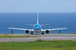 かずまっくすさんが、新石垣空港で撮影した日本トランスオーシャン航空 737-4Q3の航空フォト(写真)