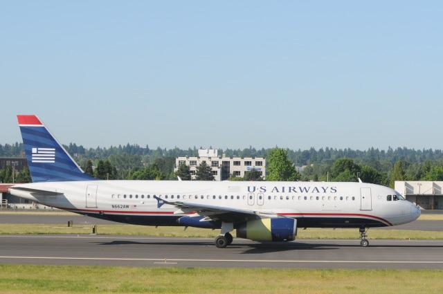 USエアウェイズ Airbus A320-200...
