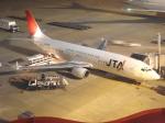 翔太さんが、福岡空港で撮影した日本トランスオーシャン航空 737-4Q3の航空フォト(写真)