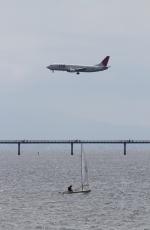 さんみさんが、中部国際空港で撮影した日本トランスオーシャン航空 737-4Q3の航空フォト(写真)
