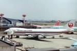 新城良彦さんが、伊丹空港で撮影した日本航空 747-146の航空フォト(写真)