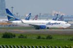 Tomo-Papaさんが、成田国際空港で撮影したヤクティア・エア 737-85Fの航空フォト(写真)