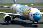 ばっしーさんが、羽田空港で撮影した全日空 777-381の航空フォト(写真)