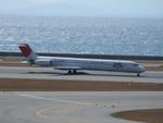 kumagoroAIRLINEさんが、中部国際空港で撮影した日本航空 MD-81 (DC-9-81)の航空フォト(写真)