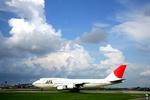 tsubameさんが、福岡空港で撮影した日本航空 747-446Dの航空フォト(写真)