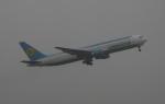 Koenig117さんが、成田国際空港で撮影したウズベキスタン航空 767-3CB/ERの航空フォト(写真)