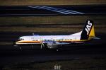 チャーリーマイクさんが、福岡空港で撮影した日本エアシステム YS-11-124の航空フォト(写真)