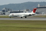 lonely-wolfさんが、伊丹空港で撮影した日本航空 MD-81 (DC-9-81)の航空フォト(写真)