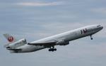 チャーリーマイクさんが、成田国際空港で撮影した日本航空 MD-11の航空フォト(写真)