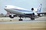 新城良彦さんが、伊丹空港で撮影した全日空 L-1011-385-1 TriStar 1の航空フォト(写真)