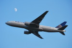 たっしーさんが、関西国際空港で撮影したユナイテッド航空 777-222/ERの航空フォト(写真)