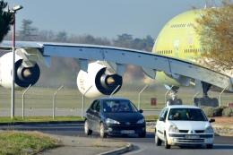 quicksilverさんが、トゥールーズ・ブラニャック空港で撮影したエミレーツ航空 A380-861の航空フォト(写真)