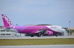 つかささんが、那覇空港で撮影したピーチ A320-214の航空フォト(写真)