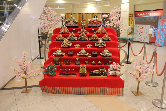 イベント画像 1枚目:函館空港 ひな人形展示