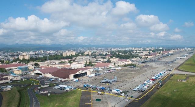 イベント画像 1枚目:2018年のフレンドシップ・フェスティバル、エプロンに各種航空機が展示