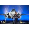 ニュース画像 2枚目:ロールアウト式典での杉山航空幕僚長