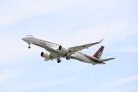 ニュース画像 1枚目:三菱航空機が開発するMRJ「JA24MJ」