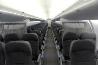 ニュース画像:スホーイ、座席数を変更可能な仕様のSSJ-100を納入 ヤマル・エアが導入