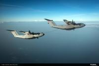 ニュース画像:エアバスDS、A400M同士の空中給油デモンストレーションを実施