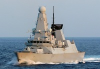 ニュース画像:護衛艦「すずつき」、イギリス海軍「DARING」とアデン湾で親善訓練