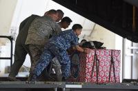 ニュース画像:65年続くアメリカ空軍の「クリスマス・ドロップ」はじまる 空自も参加