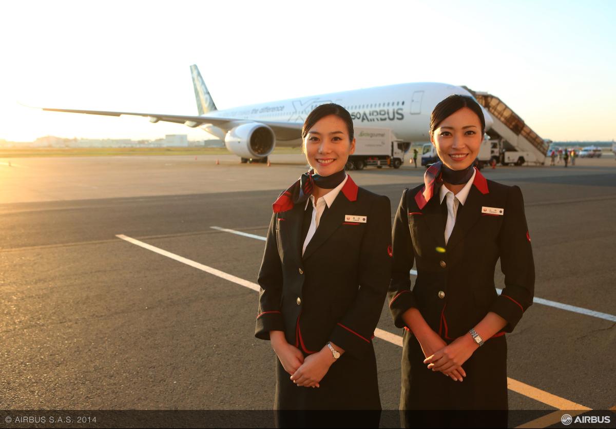 ニュース画像 4枚目:A350 アジアツアー in 羽田 JAL客室乗務員