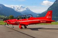 ニュース画像 4枚目:駐機するPC-21