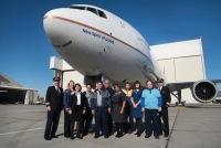 ニュース画像:ユナイテッドの777-300ER初号機、愛称「New Spirit of United」に