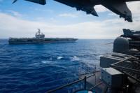ニュース画像 3枚目:フィリピン海を航行するCVN-76