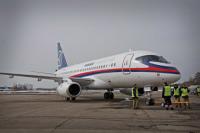 ニュース画像:スホーイ、ビシュォー・エアウェイズとSSJ-100で5機を契約