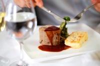 ニュース画像:キャセイ、プレミアクラスでミシュランレストラン「Tosca」の機内食