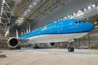 ニュース画像:KLMオランダ航空、777-300ER新塗装機を公開 新シートも装備
