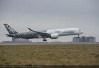ニュース画像:A350 XWB、初めてパリ・シャルル・ド・ゴール空港に着陸