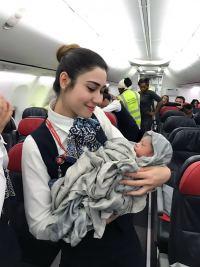 ニュース画像:ターキッシュ・エアラインズ、上空約1万メートルで新しい命が誕生